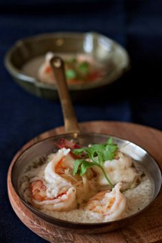 Steamed Prawns With Egg White and Chinese Wine