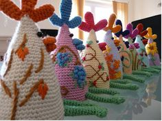 The Very Savvy Snail Eggstremely Cosy Set Chicken Egg Cozies - Easter #crochet