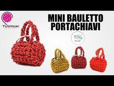 Crochet Flower Patterns, Crochet Art, Tapestry Crochet, Crochet Toys Patterns, Crochet Gifts, Free Crochet, Crochet Handbags, Crochet Purses, Accessoires Barbie