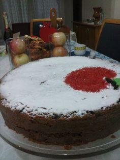 Meu bolo de mel de Rosh Hashanah!!! Comida Judaica, Cake, Desserts, Honey Cake, Cakes, Fiestas, Meals, Tailgate Desserts, Pie