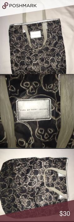 MARC JACOBS SKULL BAG 10/10 condition great bag Marc by Marc Jacobs Bags Totes