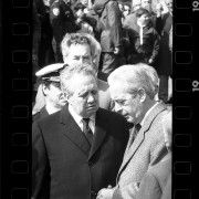 It was April 1989 when I took these pictures. It was the funeral of the Bishop of Porto who once wrote a famous letter to Salazar. This was the only time I photographed Mário Soares and talked to the man who has left us. A small tribute and a set of images with some historical interest.