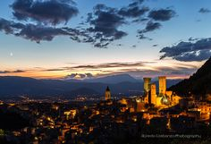 I love Abruzzo by Alfredo Costanzo Seattle Skyline, Paris Skyline, Places To See, Photos, Explore, Landscape, My Love, Travel, Image