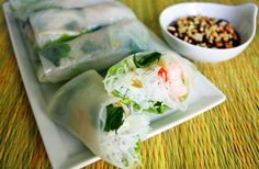 Fresh Spring Rolls. Looks like the ones they have at my favorite place in Savannah.