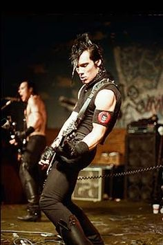 Met him back in 96 when they played in Seattle. Got to meet Jerry too.No Danzig at that time. But saw And met Peter from Type O - too. New Wave Music, I Love Music, Punk Rock, Danzig Misfits, Doyle Misfits, Glam Rock, Heavy Metal, Misfits Band, Dark Wave