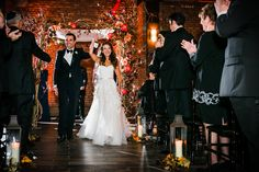 Photography: Sarah Tew Photography - sarahtewphotography.com  Read More: http://www.stylemepretty.com/2015/05/19/elegant-nyc-fall-wedding-at-26-bridge-street/