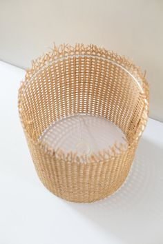 Basteln This DIY Lampshade Using Cane Material Is a Modern, Boho Beauty Your Reference Guide To Cari Cane Baskets, Latest Design Trends, Diy Lampshade, Lampshades, Boho Diy, Modern Boho, Diy Furniture, Wicker, Home Decor