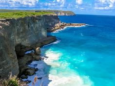 Guadeloupe - 20 Most Beautiful Islands in the World - Travel Den Barbados, Vacation Trips, Vacation Spots, Dream Vacations, Beautiful Islands, Beautiful Places, Most Beautiful, Voyage Sri Lanka, Places To Travel