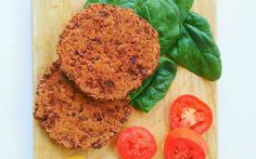 These black bean and quinoa burgers have just six ingredients and a few spices making them a super easy dinner idea.