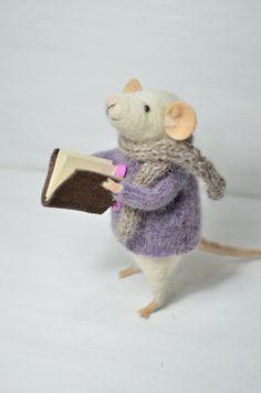 Little Reader Mouse - unique - needle felted ornament animal, felting dreams by johana molina. $ 68.00, via Etsy.