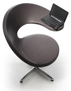 Practical and economical but in a modern and elegant  Design - office chair