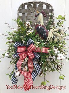 Trendy Basket On Wall Tobacco Ideas Wreath Crafts, Diy Wreath, Wreath Ideas, Wreath Making, Patriotic Decorations, Xmas Decorations, Holiday Wreaths, Winter Wreaths, Spring Wreaths