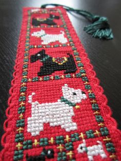 Cross Stitch Bookmark ~ Crafty Weekend: Craft projects for the weekend