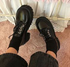 Dr Shoes, Sock Shoes, Me Too Shoes, Oxford Shoes, Shoes Heels, Aesthetic Shoes, Aesthetic Clothes, Pretty Shoes, Cute Shoes