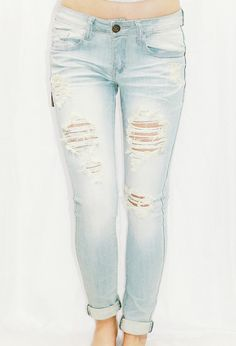 SUNKISSED DISTRESSED ANKLE SKINNY JEANS