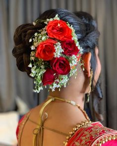 "Photo from album ""Portfolio"" posted by makeup artist Jyoti Bhaya Pakistani Bridal Makeup Hairstyles, Bridal Hairstyle Indian Wedding, Bridal Hair Buns, Indian Hairstyles, Party Hairstyles, Wedding Hairstyles, Best Bridal Makeup, Top Makeup Artists, Bride Portrait"