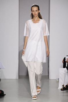 22/4 Ready To Wear Spring Summer 2014 Paris - NOWFASHION