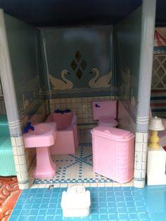 Nice Vintage Renwal Tin Litho Dollhouse Plasco Furniture Family 1960u0027s Nice  Marx