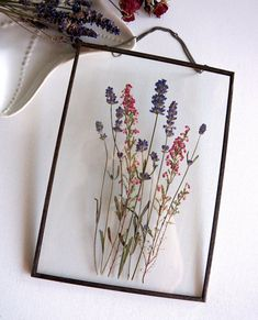 flowers bouquet sweets Pressed lavender bouquet in glass frame Handmade wall hanging soldered glass frame on a chain with lavender and pink erica. Lotus Design, Art Floral, Flower Frame, Flower Wall, Handmade Wall Hanging, Lavender Bouquet, Lavender Aesthetic, Fleurs Diy, Pressed Flower Art