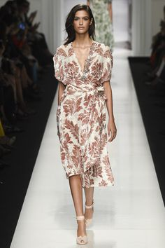 Ermanno Scervino Spring 2017 Ready-to-Wear Fashion Show Collection