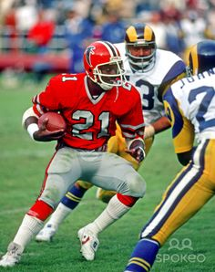Oct 26, 1980. Atlanta Falcons running back Lynn Cain in action against the Los Angeles Rams at Fulton County Stadium, Georgia
