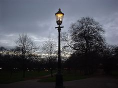 Gas lamps and gaslighting in London