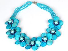 Sky Blue Color Crystal and Shell Flower Party Necklace------US$ 14.99