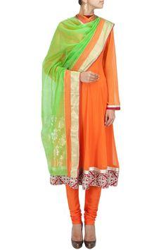 Green and orange flower motif handwoven dupatta BY RAHUL MISHRA. Shop now at perniaspopupshop.com #perniaspopupshop #clothes #womensfashion #love #indiandesigner #rahulmishra #happyshopping #sexy #chic #fabulous #PerniasPopUpShop #sari