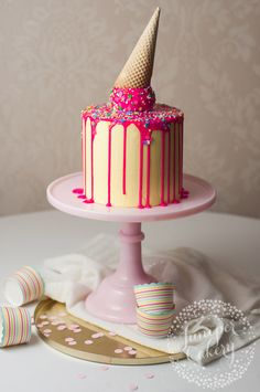 how to make a drip cake with an ice cream cone