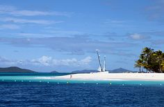 Croisière dans les îles perdues des Grenadines by Hôtel*** RESTAURANT gourmand COCO LODGE MAJUNGA