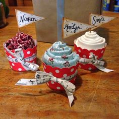 All Things Vintage: Fat Quarter Cupcakes