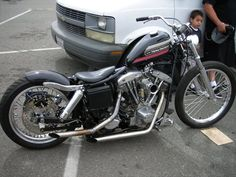Shovelhead swingarm custom with AMF tank and modern rear tire