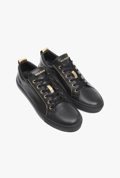 Leather sneakers with gold-tone piping   Mens shoes   Balmain Collection De  Chaussures, e9b3f392015