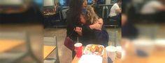 Captó a una mujer sin hogar haciendo esto a su novia ahora se ha hecho viral #viral