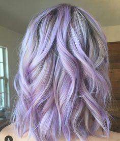 Silver Purple Hair, Pastel Purple Hair, Lavender Hair Colors, Hair Color Purple, Hair Dye Colors, Cool Hair Color, Silver Lavender Hair, Light Purple Hair Dye, Purple Highlights Blonde Hair