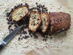 Une pépite de cake noisette et chocolat - BOLERO Un Cake, Banana Bread, Desserts, Food, Magazine, Recipes, Tailgate Desserts, Deserts, Essen