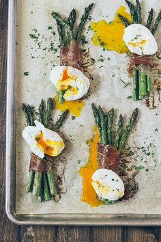 Vegetarian Eggs, Vegetarian Breakfast, Healthy Breakfast Recipes, Asparagus Egg, Prosciutto Asparagus, Breakfast Of Champions, Breakfast Time, Convenience Food, I Love Food