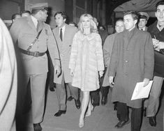Brigitte Bardot Brigitte Bardot, Bridget Bardot, Jacques Charrier, Always Smile, Hollywood Actresses, Fashion Models, Singer, Coat, Classic