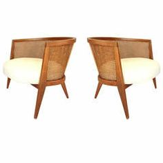 Exceptional Pair of Low and Wide Lounge Chairs by Harvey Probber