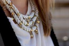 collar de cordones y metal #loveit me recuerda a los de cecilia brugnini
