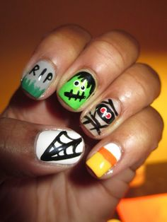 Halloween nail art designs for fashion girls.Late Night Halloween Nails.    #nail #girls #halloween www.loveitsomuch.com