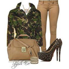 Army fatigue jacket - Nice But pants too skin tight Military Inspired Fashion, Camo Fashion, Military Fashion, Women's Fashion, Camouflage Fashion, Fashion Outfits, Army Fatigue Jacket, Military Chic, Military Green