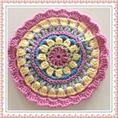 mandala mønster, oversatt etter avtale Mandala, Crocheting, Blanket, Rugs, Crafts, Design, Home Decor, Crochet, Farmhouse Rugs
