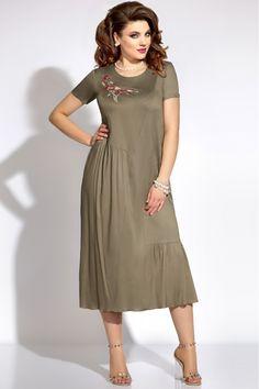 Trendy crochet clothes for women plus size style 45 ideas White Maxi Dresses, Linen Dresses, Cotton Dresses, Summer Dress Outfits, Casual Summer Dresses, Boho Fashion, Fashion Dresses, High Low Prom Dresses, Mode Chic