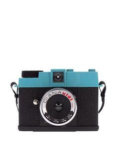 Lomography Diana Mini & Flash Package, Black, http://www.myhabit.com/redirect/ref=qd_sw_dp_pi_li?url=http%3A%2F%2Fwww.myhabit.com%2Fdp%2FB015XU6WLM%3F