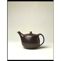 Geoffrey Whiting teapot, 1959