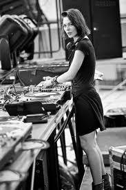 DJ/Nina Kravitz (RU)