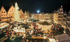 This year will be my first Christmas in Germany which also means it will be my first time to experience the famous German Christmas markets (Weihnachtsmarkt auf Deutsch) that . Vancouver Christmas Market, London Christmas Market, Christmas Markets Germany, German Christmas Markets, German Markets, Christmas In Ireland, Christmas In Europe, Christmas Time, Paris Christmas