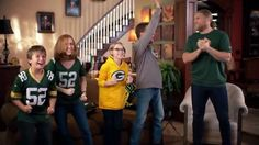 Clay Matthews helps fans tackle the Turkeypocalypse | P&G