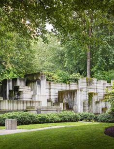 Freeway Park, Seattle, Washington by Lawrence Halprin / Photograph © Aaron Leitz, courtesy The Cultural Landscape Foundation. (via The Dirt, a blog of the American Society of Landscape Architects)